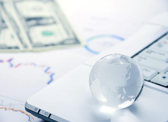 インデックス投資の5つのメリットと4つの注意点 | 投資する方法も解説